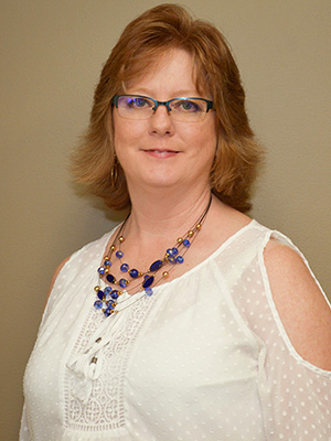 Meet Michelle at The Apple Valley Clinic of Chiropractic in Hendersonville, NC